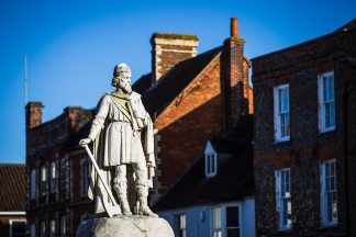 Wantage-King-Alfred-Statue3